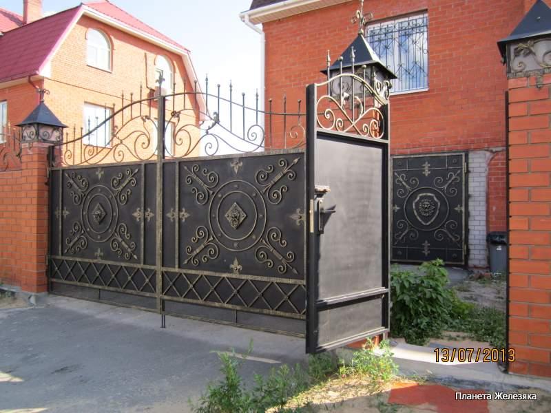 Образцы ворот и заборов
